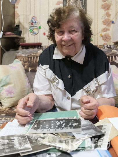 Нине Сергеевне Балагуровой в декабре этого года исполнится 86 лет. Фото Алена Бобрович.