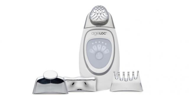 Современный аппарат для антивозрастного и антицеллюлитного ухода за кожей ageLOC Galvanic Spa от Nu Skin.