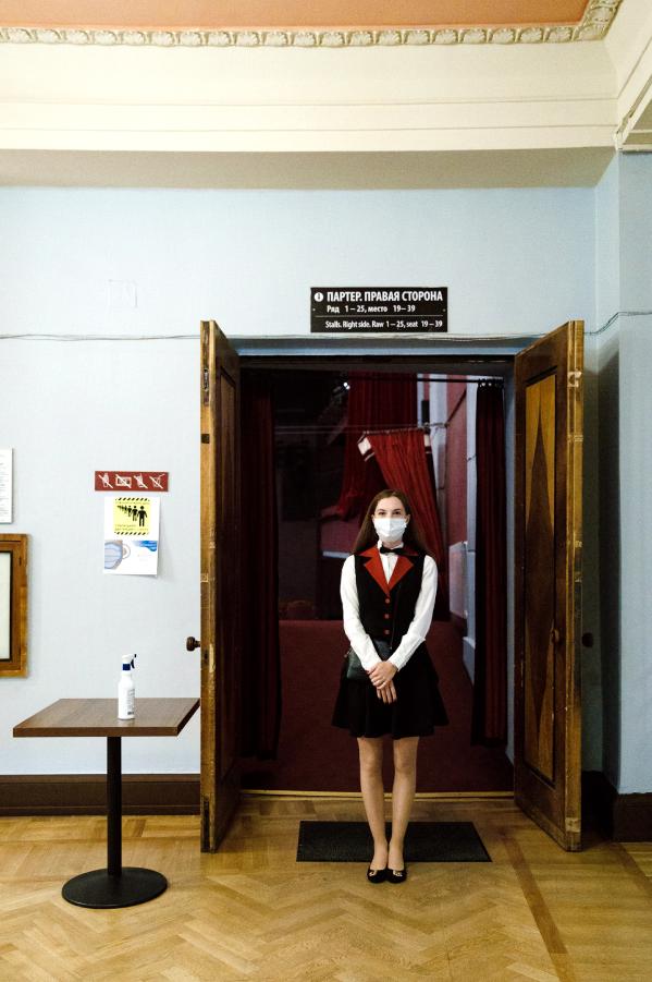 """Зрителей будут встречать билетёры в масках. Фото Натальи Кореновской, предоставлены театром """"Балтийский дом"""", """"Metro"""""""