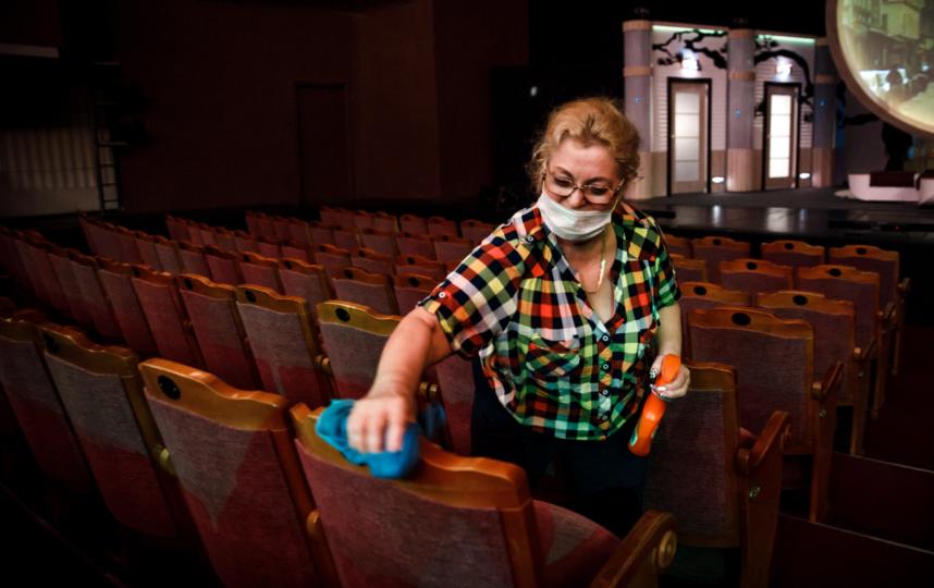 """Все поверхности в зрительном зале будут дезинфицировать перед спектаклем и во время антракта. Фото Натальи Кореновской, предоставлены театром """"Балтийский дом"""", """"Metro"""""""