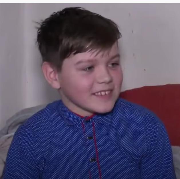 После исполнения «Смуглянки» 12-летнего Максима стали травить в Сети националисты. Фото  Новости на Первом Канале, Скриншот Youtube