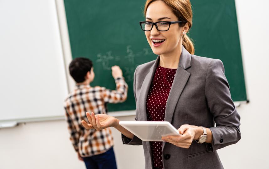 """Преподаватели признались, что многие учителя сами ничего не знают и обычно готовятся к предмету за пару дней. Фото depositphotos, """"Metro"""""""