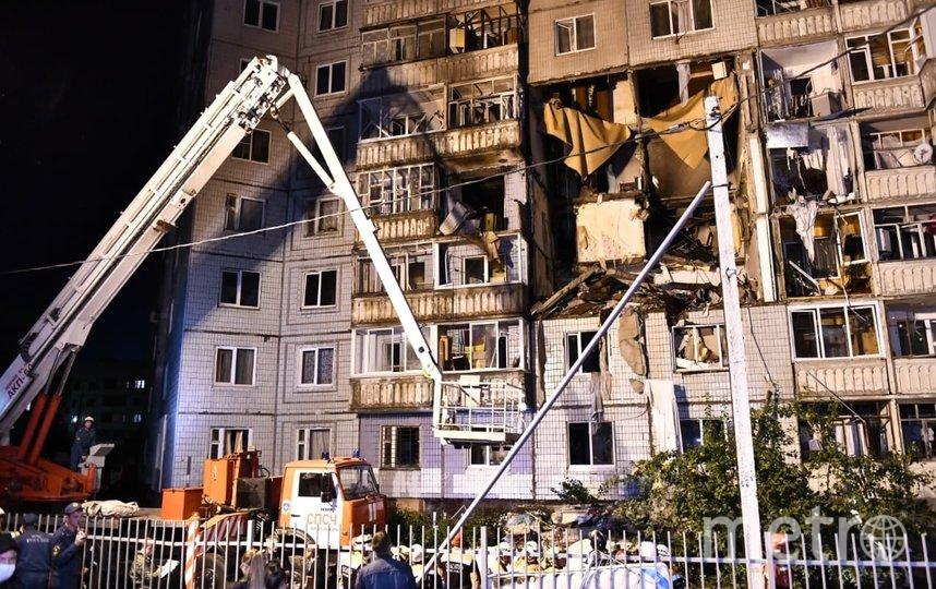 Из пострадавшего дома эвакуированы 210 человек. Фото 76.mchs.gov.ru | Александр Погорелов