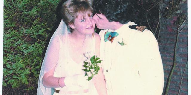 Аннетт и Виллем в 1980-м на костюмированной вечеринке – увы, им так и не суждено было пойти под венец по-настоящему.