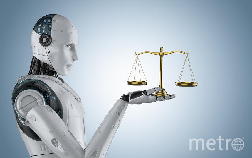 Машинные алгоритмы всё чаще внедряются в важные общественные сферы для экономии времени. Фото iStock