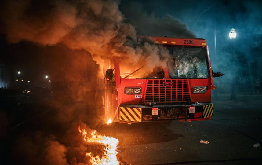 Инцидент с Джейкобом Блейком вызвал новую волну протестов. Фото AFP