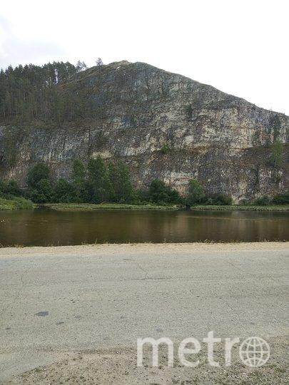 """Такие пейзажи в Бузрянском районе Башкирии - отвесные скалы, лес и горы. Фото Майя Колесникова, """"Metro"""""""