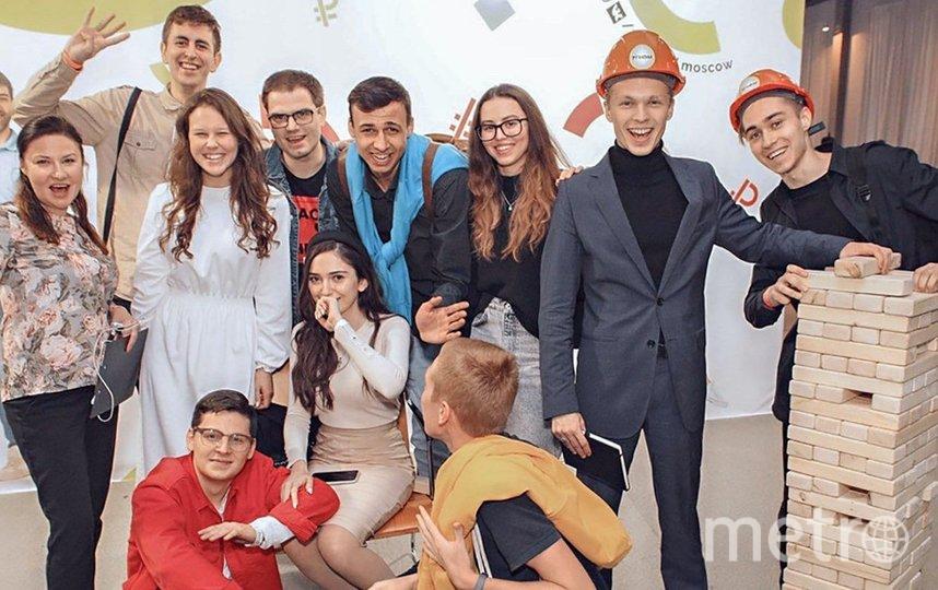 Среди бизнес-идей школьников и студентов — создание чайных наборов, решения по озеленению помещений и авторская настольная игра. Фото mos.ru