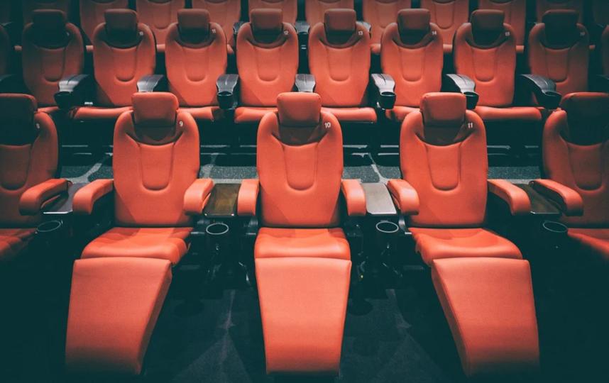 Кинотеатры и фудкорты, возможно, откроют раньше намеченного. Фото pixabay.com