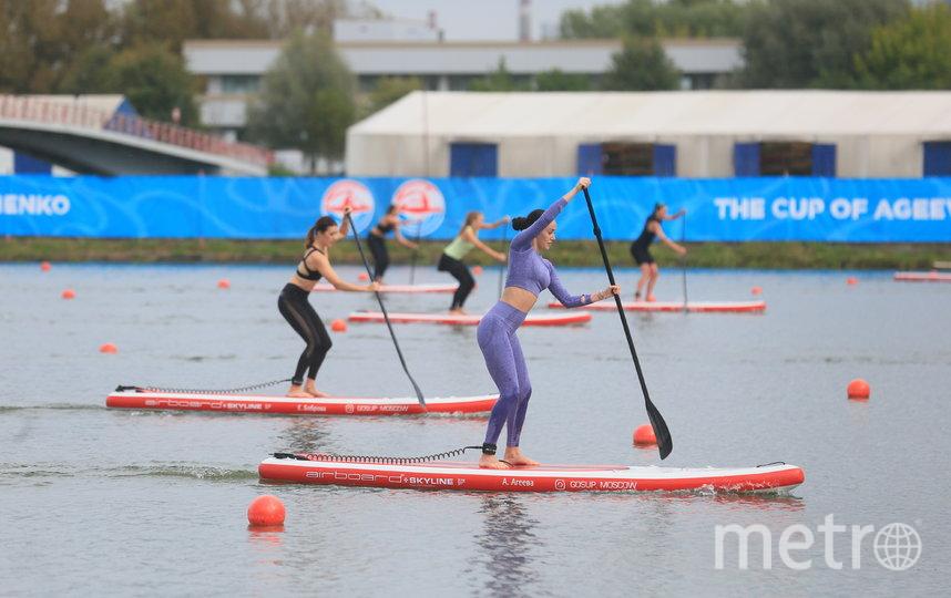 Несмотря на дождик, у всех участниц заезда было превосходное настроение. Фото Василий Кузьмичёнок