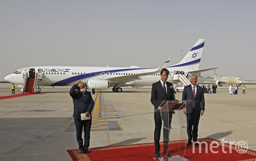 Джаред Кушнер (в центре). Фото AFP