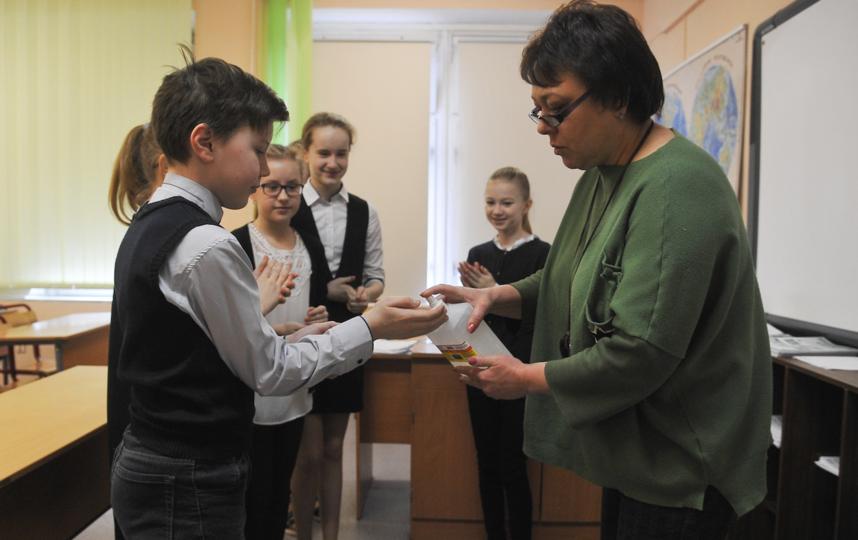 """Дети и преподаватели получат возможность пользоваться санитайзерами. Фото АГН """"Москва"""" / Александр Авилов"""