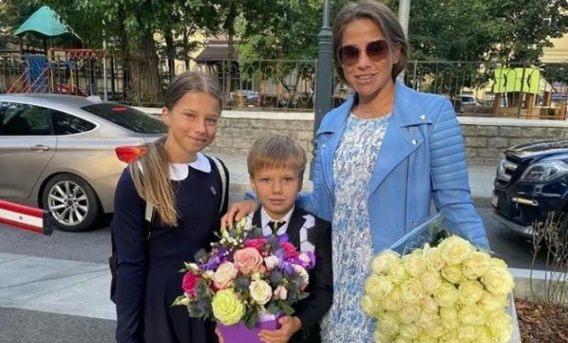 Юлия Барановская с детьми. Фото Instagram @baranovskaya_tv
