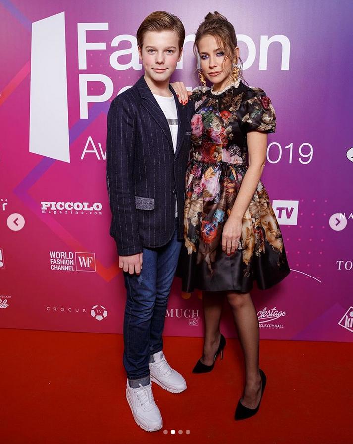 Юлия Барановская с сыном. Фото Instagram @baranovskaya_tv