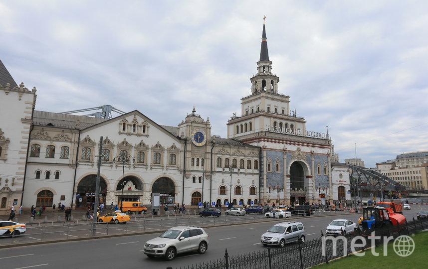 Башня Казанского вокзала. Фото Василий Кузьмичёнок