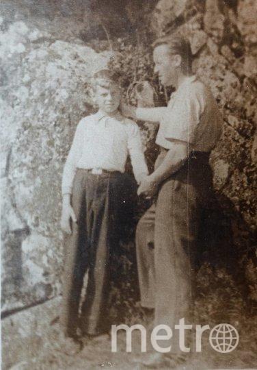 """Конец 1940-х. Лев Шенявский с сыном Юрой на отдыхе. Единственное совместное фото, сделанное после войны. Фото из личного архива Юрия Шенявского, """"Metro"""""""