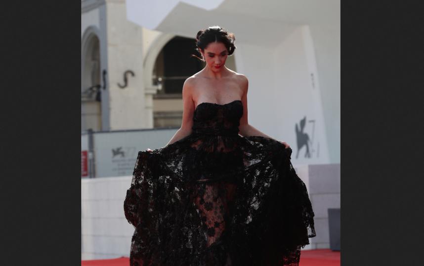 Красная дорожка кинофестиваля в Венеции. Фото Getty