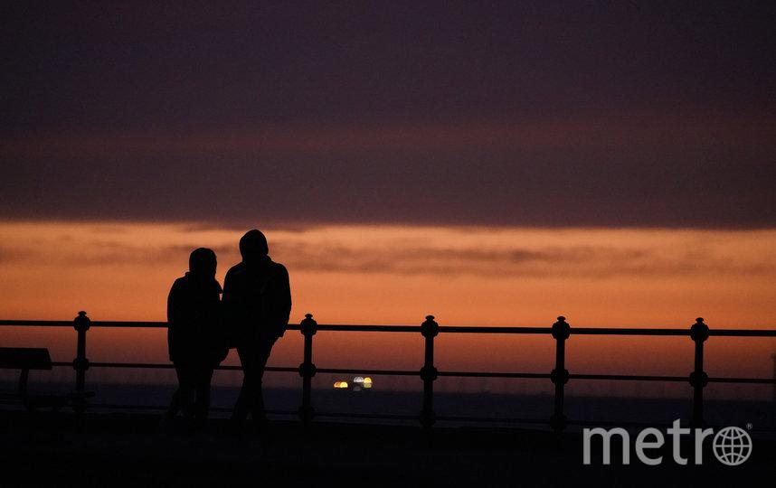 Женщины чаще видят риск - как физический, так и эмоциональный - когда речь идет о свиданиях. Фото Getty