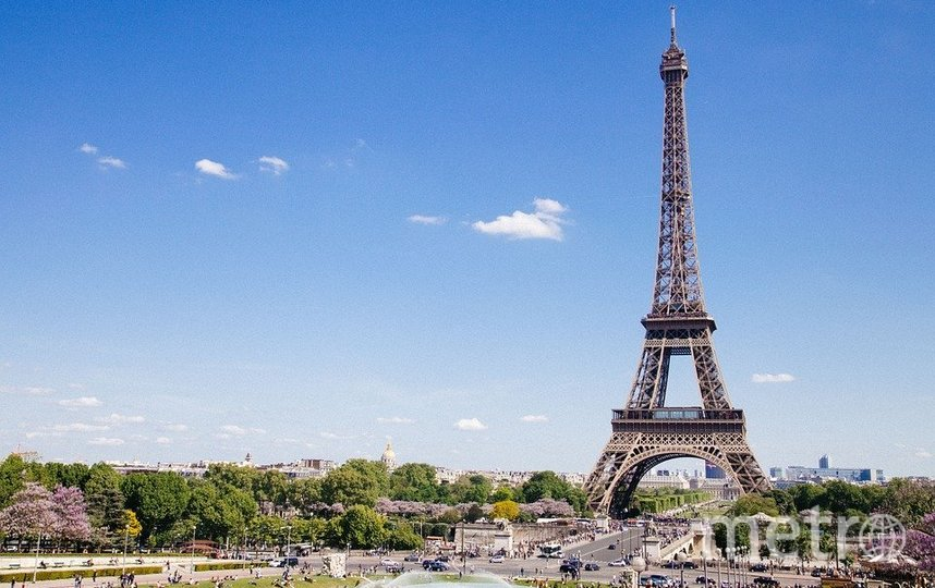 Ночью снимать Эйфелеву башню запрещено. Фото pixabay.com