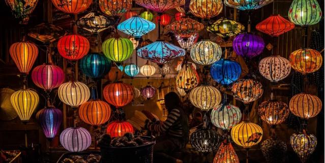 следует создавать больше света, использовать для этого специальные лампы.