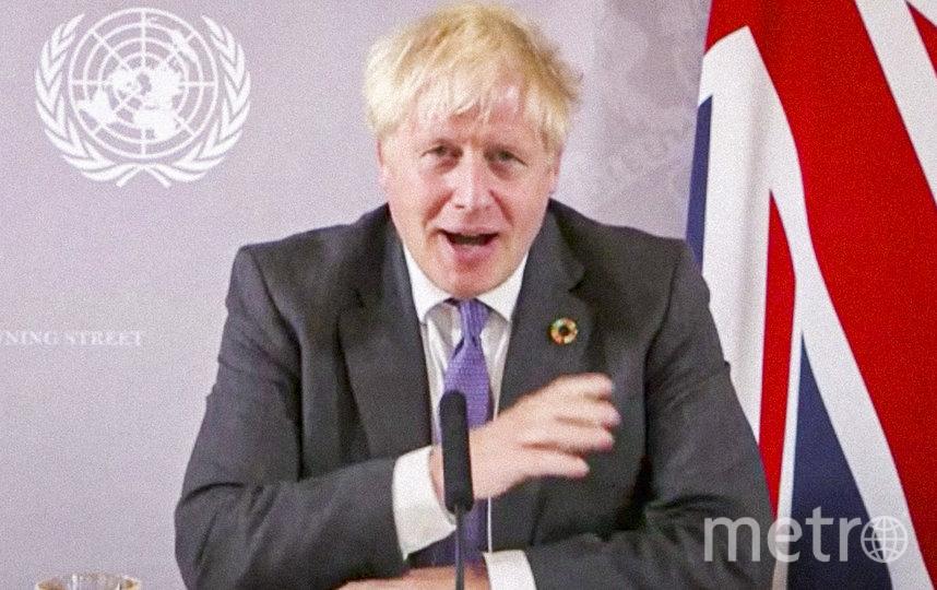 Борис Джонсон заявил, что в Великобритании вновь введут ограничения из-за COVID. Фото AFP