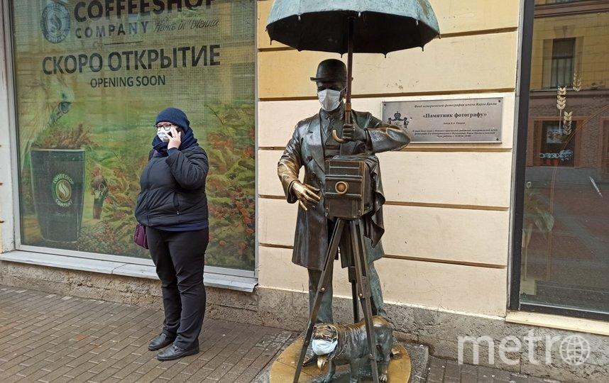 """Петербург тоже переживает рост числа заболевших. Фото """"Metro"""""""