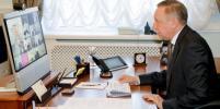 В Петербурге не планируют вводить строгие запреты – Беглов