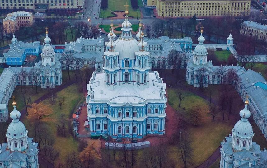 Идею возведения в районе Смольного 140-метровой колокольни раскритиковали. Фото https://www.instagram.com/droneflot/