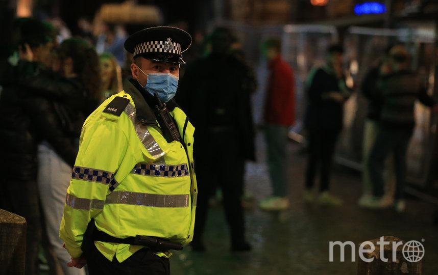 Из-за коронавируса в разных странах мира усилены меры безопасности. Фото AFP