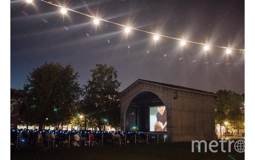 """Новая Голландия. Первый фестиваль еврейского кино. Фото https://www.instagram.com/newhollandisland, """"Metro"""""""