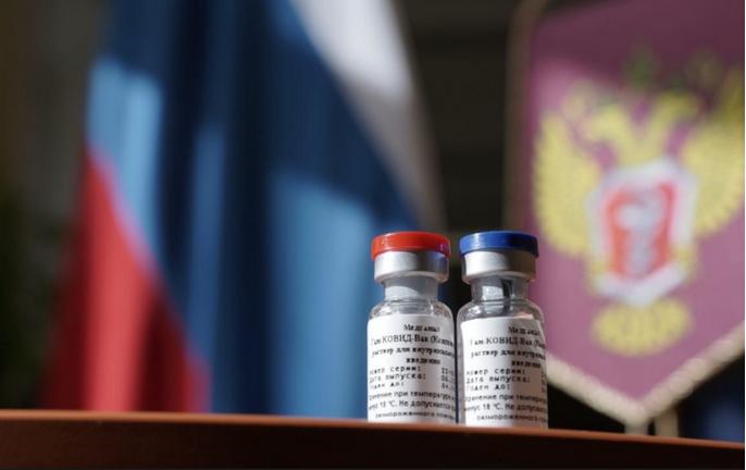 """Первая партия вакцины от коронавируса """"Спутник V"""" была выпущена в гражданский оборот в сентябре. Фото https://minzdrav.gov.ru/, """"Metro"""""""
