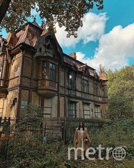 В этом доме с привидениями – на даче Месмахера – должна была она стоять. Фото www.instagram.com/radarusskikh