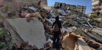 В турецком Измире произошло мощное землетрясение. Разрушены два десятка домов