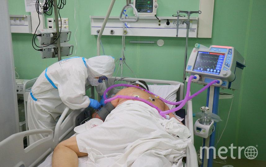 Несмотря на обозначение «временный», госпиталь обладает техническими возможностями от специализированной коронавирусной клиники. Фото Василий Кузьмичёнок