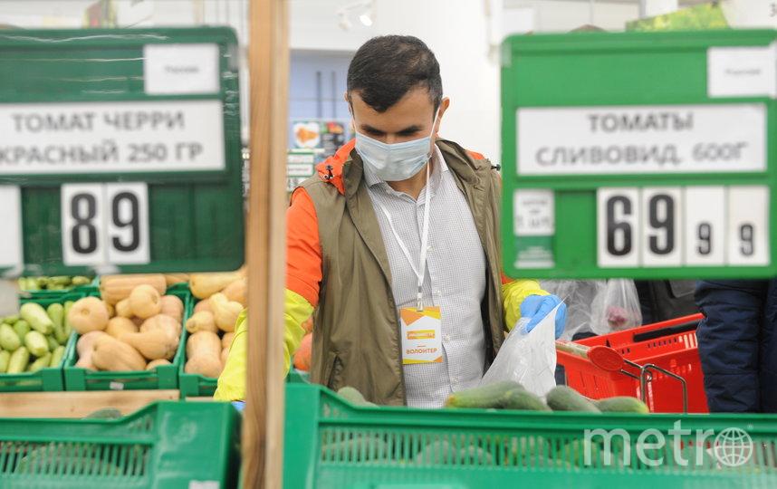 Волонтёр акции #МыВместе Михаил Дагаев иногда проезжает за день больше 100 км. Фото Игорь Генералов