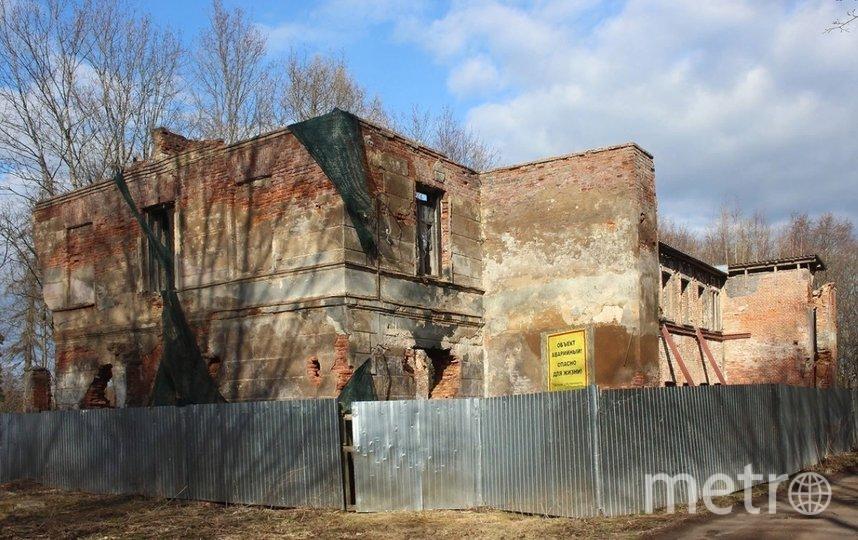 Здание находится в плачевном состоянии. Фото citywalls.ru.