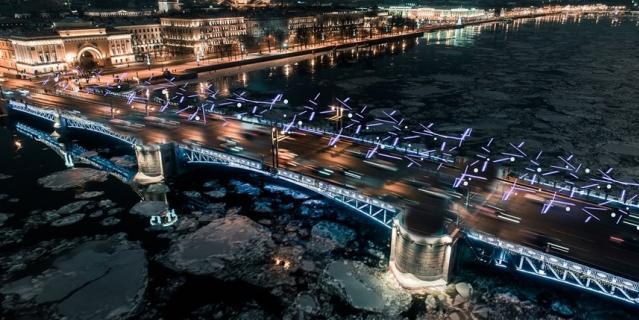 В совершенно новом стиле будет украшен Дворцовый мост.