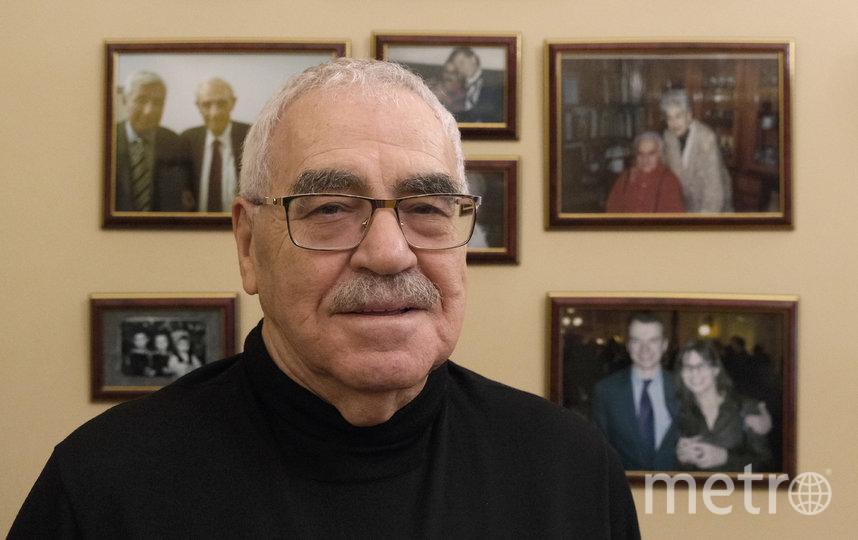 """«Стихотворение, которое папа посвятил мне в апреле 1945-го, я знаю наизусть, это мой талисман». Виктор Новиков. Фото из личного архива Виктора Новикова, """"Metro"""""""