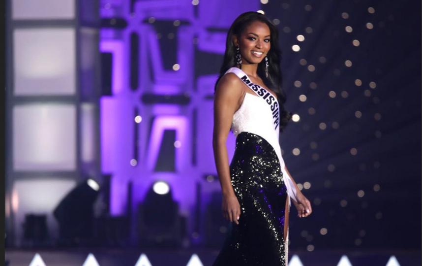 Мисс США стала Ася Бранч. Фото https://www.instagram.com/asyadanielle/