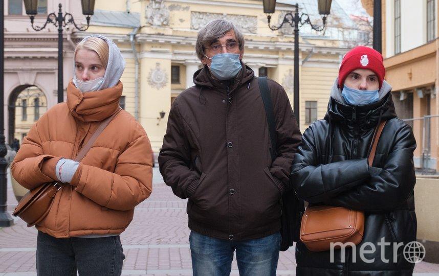 Дарья Федорова (справа) с папой и старшей сестрой Катей. Фото Алена Бобрович.
