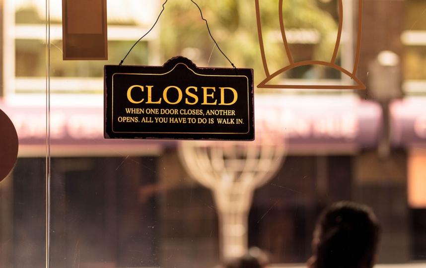 Кафе и рестораны на всей территории Ленобласти с 23.00 до 6.00 смогут работать только на доставку еды или на вынос. Фото Pixabay.com