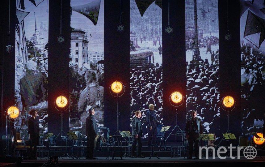 """Эпизоды спектакля """"Музы сопротивления"""". Фото Владимир Черенков для Dance Open."""
