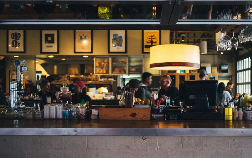 Петербуржцы реже ходят в рестораны. Фото https://pixabay.com
