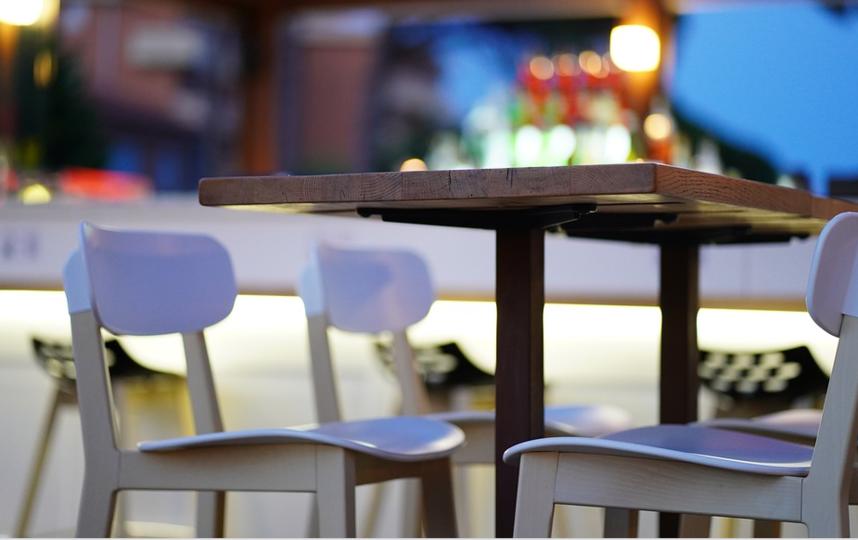 Кафе в торговых центрах опустели. Фото https://pixabay.com