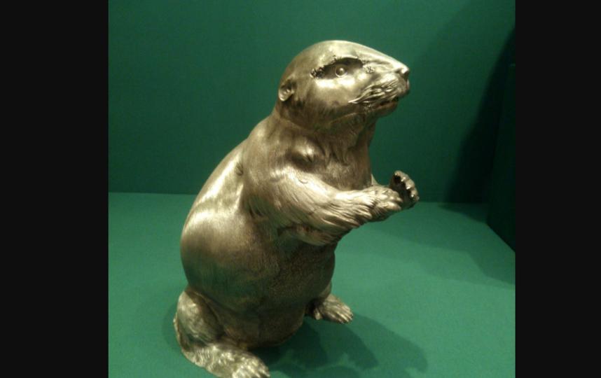 Кувшин в форме бобра. Фото https://www.hermitagemuseum.org