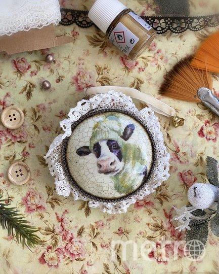 Вариант елочной игрушки. Фото instagram.com/iulianycheva