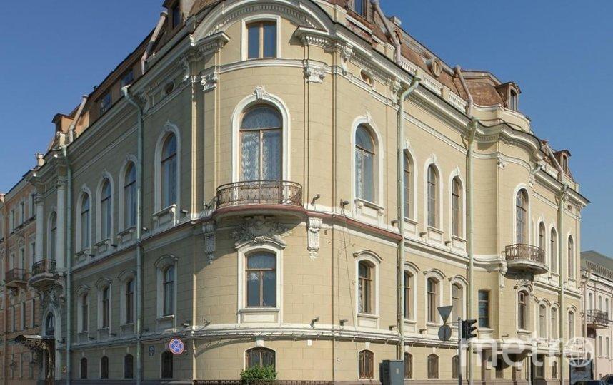 Особняк О. В. Серебряковой был построен в начале XX века в стиле эклектика. Фото  citywalls.ru.
