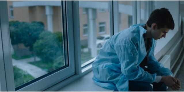 "Кадр из фильма ""Зови меня Дрозд""."