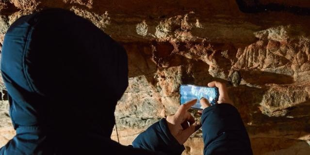 Именно в Саблинских пещерах находится ядро колонии ночниц наттерера.