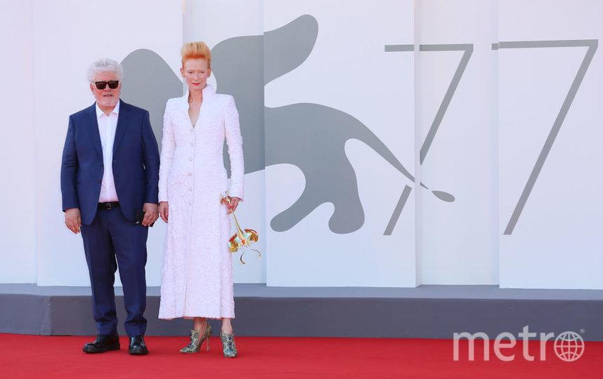Педро Альмодовар и Тильда Суинтон на премьере фильма в Каннах осенью 2020 года. Фото Getty